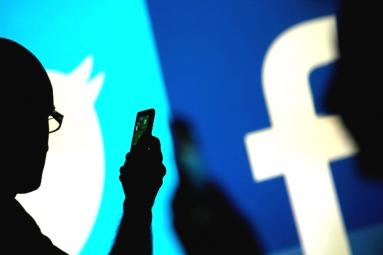 Big blow on social networks: Facebook-Twitter collaboration