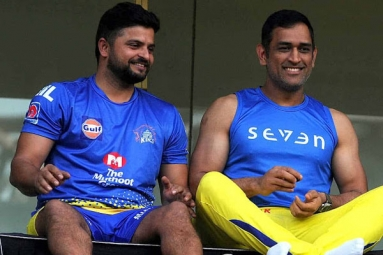 Why did MS Dhoni and Raina choose to retire on August 15?